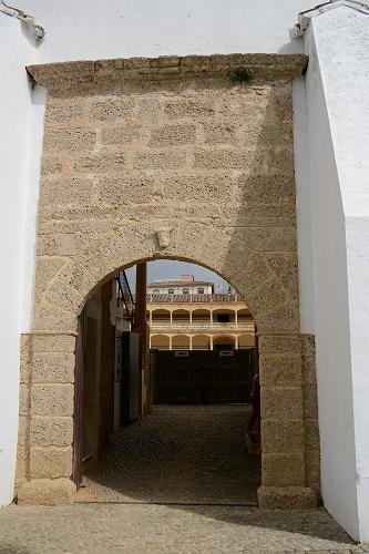 ロンダ闘牛場 闘牛場の入口横にChapelと闘牛博物館があります 闘牛博物館 牛に関... スペ