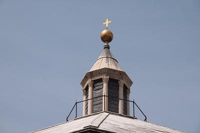 サン・ジョヴァンニ洗礼堂のクーポラ 町の守護聖人・聖ジョヴァンニを祀る八角形の洗礼堂美しい色大理